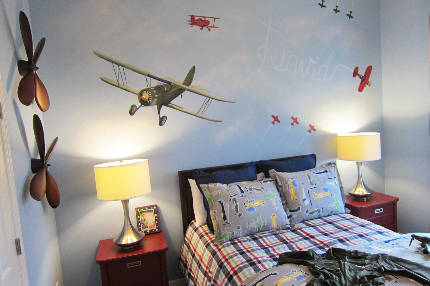 custom murals in tampa and st petersburg splat paint mural in model home